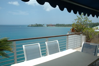 2-BR-Luxury apartment with stunning ocean view