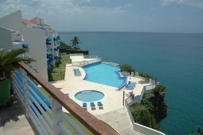 3-BR-Luxury apartment with stunning ocean view