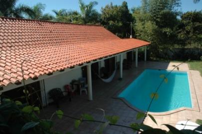 Villa de 2 Dorm Gesthouse Piscina Garaje